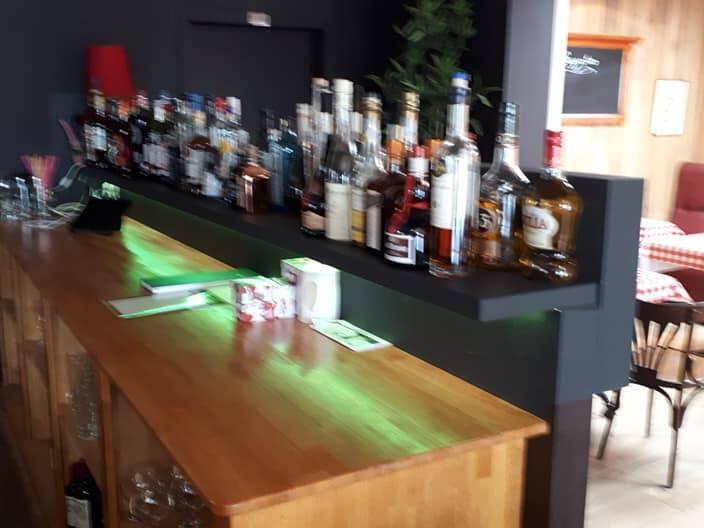 Bar binnen